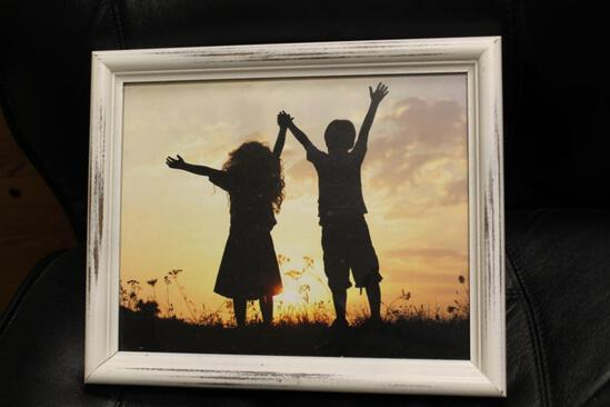 #2190 Picture Frame 8 x 10 painted