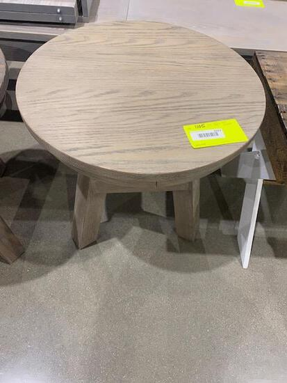 "Oak 22"" round side table 22"" h Stain: Almond"