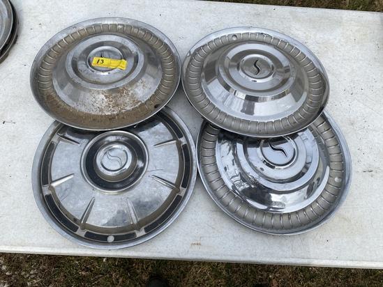Studebaker hub-caps