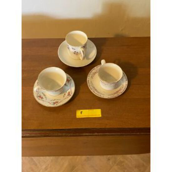 Saucer & Cups
