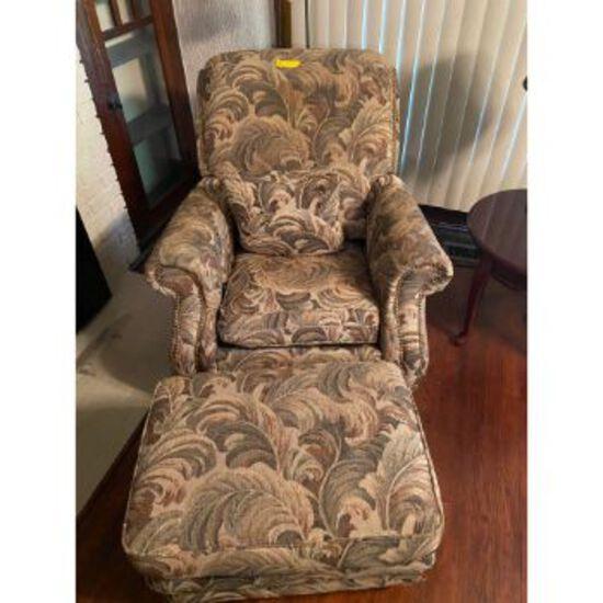 La-Z-Boy Classics Recliner Chair & Ottoman