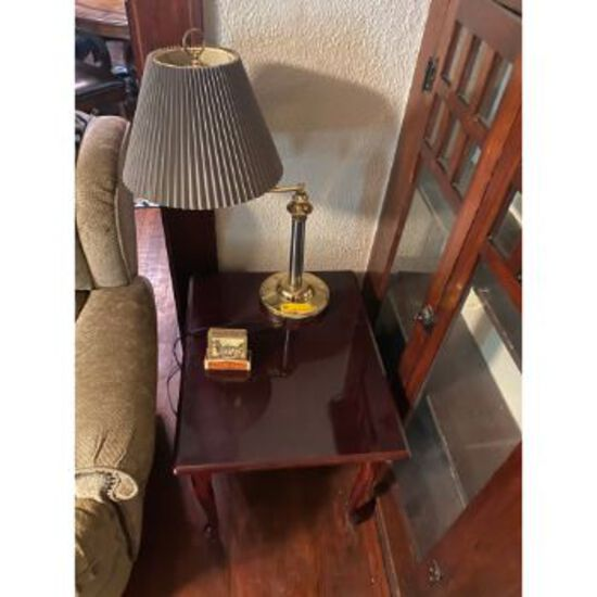 Table Lamp & Rectangle End Table