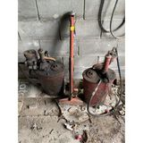 Jack & 2 Oil Pumps