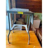 Metal Typing table