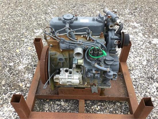 Engine KUBOTA D1105-ET03 27420