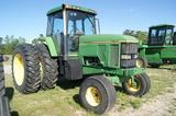 John Deere 7800 tractor