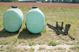 200 gal. saddle tanks w/ bracket