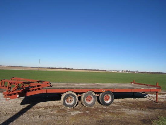 3 axle trailer 20' (has title)