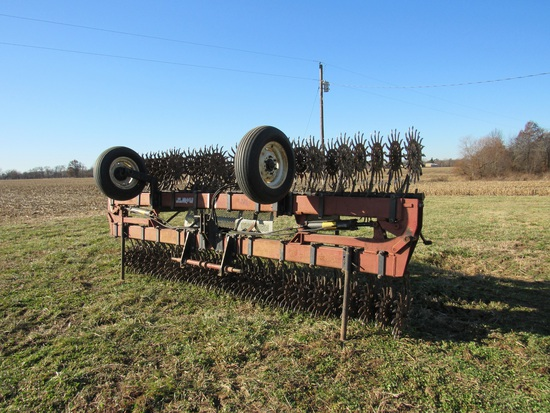 W&W 930 Rotary Hoe, 30' Flat fold gauge wheels