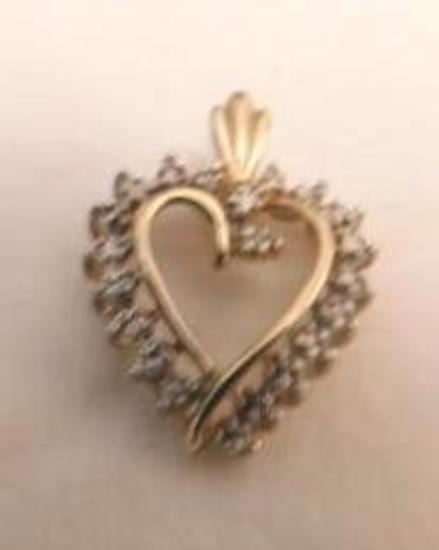 10 Kt. Yellow Gold Heart Pendant