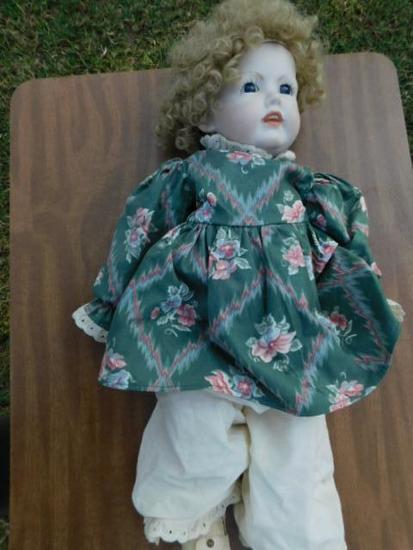 Porcelian Gessesch Binque Doll