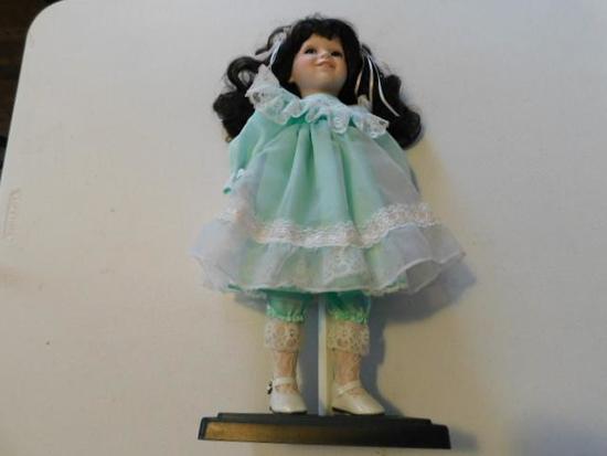 Dynasty Doll Tracy