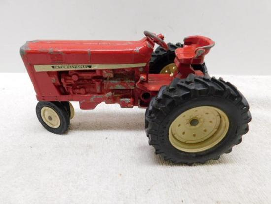 Diecast International Tractor
