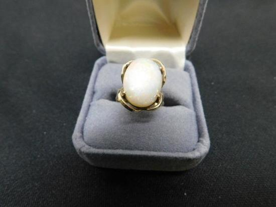 Vintage Opal Ring Set in 10K Yellow Gold