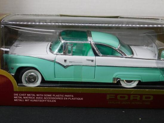 Diecast 1955 Ford Fairlane Crown Victoria