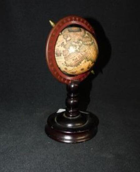 Globe - Small