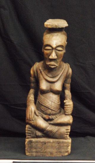 "Antique Wooden Sculpture Wife of King of BaMbala of Bakuba Kingdom 23x8x7"", 10-lbs"