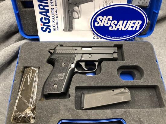SIG SAUR P229 9MM