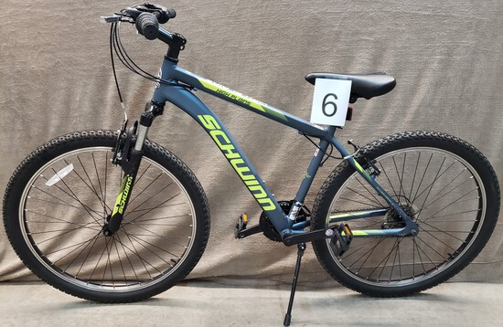 SCHWINN HIGH PLAINS MOUNTAIN BIKE