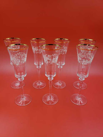 "Set of 7 Mikasa ""Antique Lace Gold Rim Crystal Champagne Glasses"