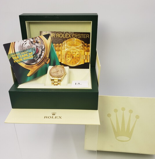 18KT YELLOW GOLD MEN'S DAY DATE PRESIDENTIAL ROLEX WATCH WITH DIAMOND DIAL