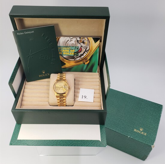 18KT YELLOW GOLD MEN'S DAY DATE PRESIDENTIAL ROLEX WATCH WITH BOXES
