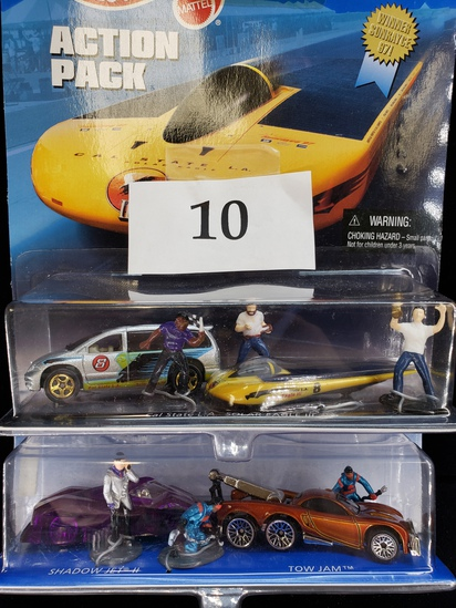 2PC HOT WHEELS ACTION PACK SOLAR RACING AND TOWING 2010