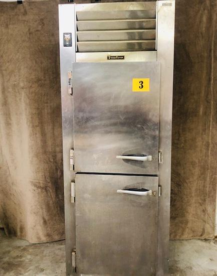 Traulsen 24.2 Cu. Ft. One-Section Solid Half Door Reach-In Freezer