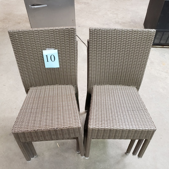 LOT OF 6 PATIO CHAIRS