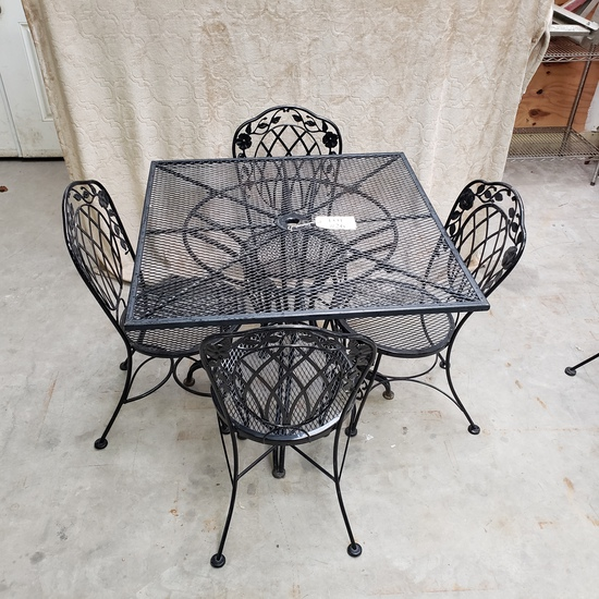 5PC OUTDOOR PATIO SET WITH SQUARE TABLE