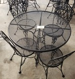 5PC OUTDOOR PATIO SET WITH ROUND TABLE