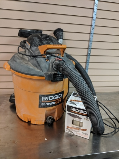 Rigid Blower Vac 16 gal.  6.5 HP with new filter. Works, Missing front wheels