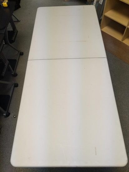 6 ft folding plastic table