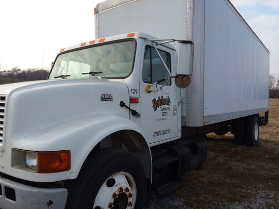 2000 International 4700 Box Truck with DT466E Engine