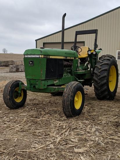 John Deere 2955 Utility Tractor