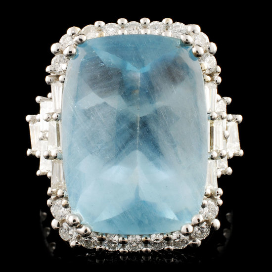 18K Gold 13.25ct Aquamarine & 1.51ctw Diamond Ring