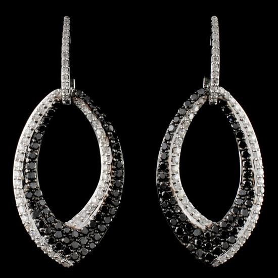 14K White Gold 1.71ctw Fancy Color Diamond Earring