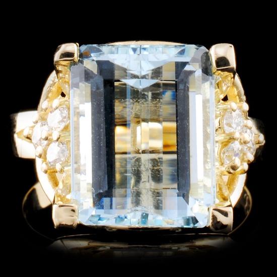 14K Gold 6.02ct Aquamarine & 0.29ctw Diamond Ring