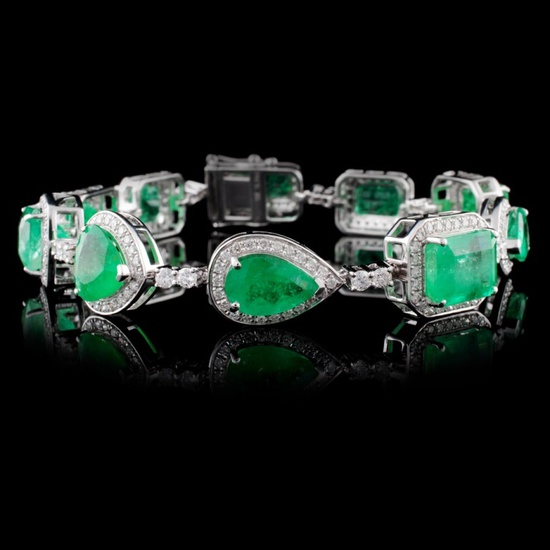 18K White Gold 18.94ct Emerald & 2.59ct Diamond Br
