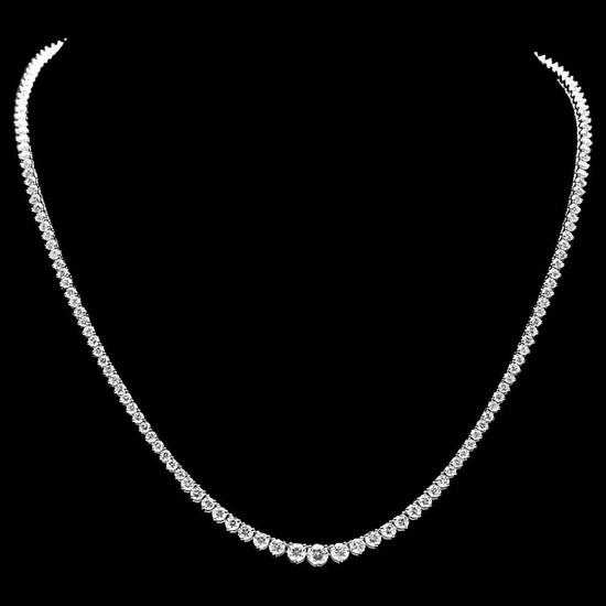 ^18k White Gold 10.00ct Diamond Necklace