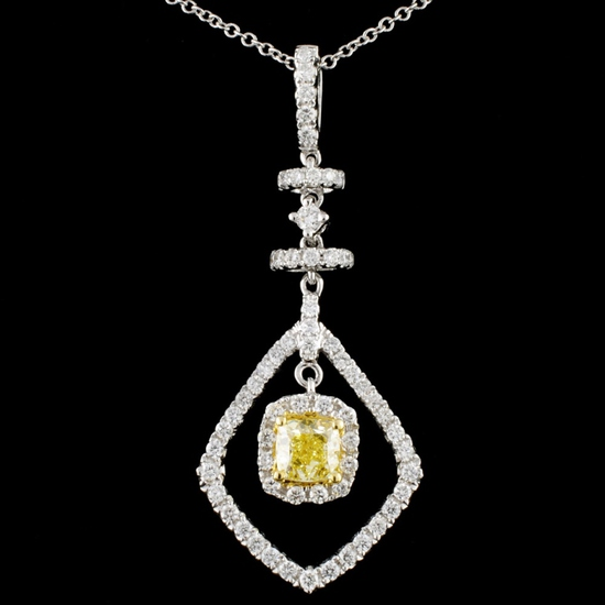18K Gold 1.03ctw Fancy Diamond Pendant