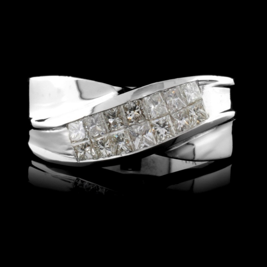 18K White Gold 0.70ctw Diamond Ring