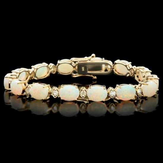 14k Gold 15.00ct Opal & 1.00ct Diamond Bracelet