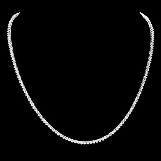 18k White Gold 8.00ct Diamond Necklace