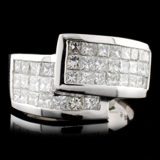 18K Gold 2.69ctw Diamond Ring