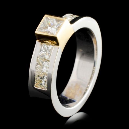 14K TT Gold 0.86ctw Diamond Ring