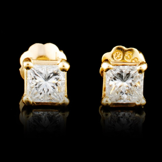 14K Gold 0.46ctw Diamond Earrings