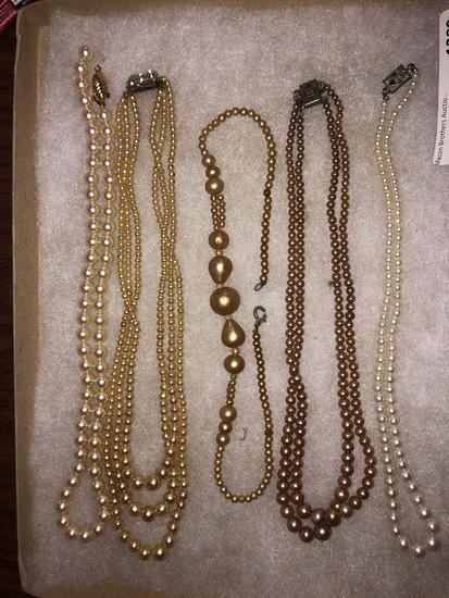 LOT OF COSTUME FAUX PEARLS