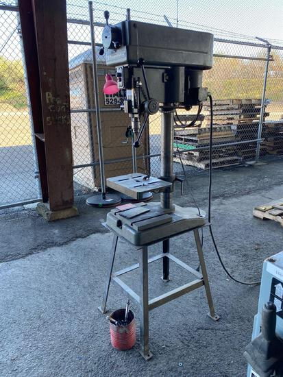 Clausing Model 16VC-1 Drill Press
