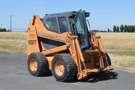 2000 Case XT95 Skid Steer Loader
